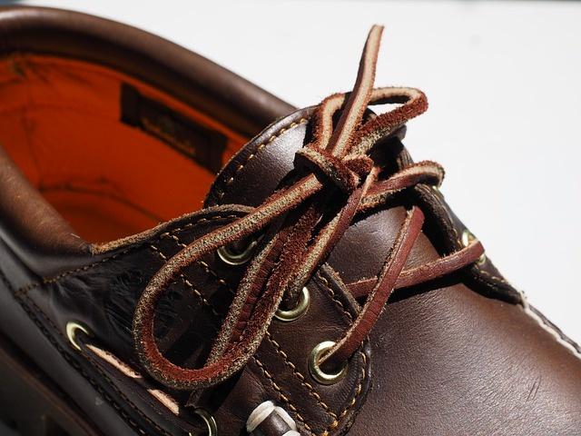 shoelace-505344_640